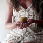Sold | Raubenheimer, San-Mare | Lady figure with an apple